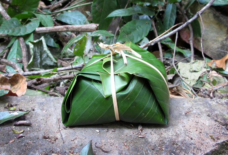 cajas hechas con hojas